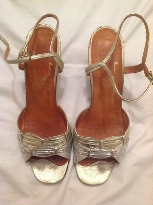Ladies Silver And Gold Vintage Dressy Sandals Size 5