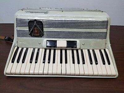 Vintage Frontalini 41/120 Intermediate Size Piano Accordion