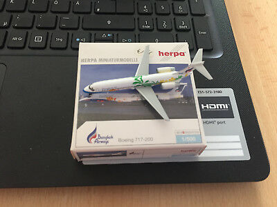 Herpa Wings 1:500 Bangkok Airways Boeing 717-200 mit Box aus Sammlung