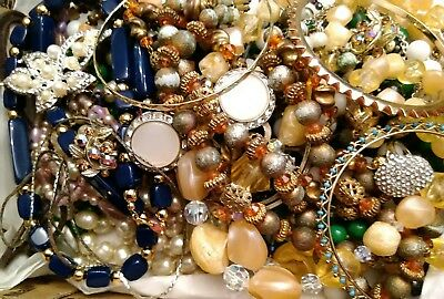 Q1 Estate Find Jewelry Lot Vintage/modern Junk Drawer Unsearched Lbs Signed Coro