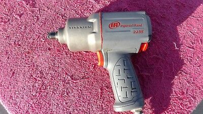 Ingersoll-Rand *near Mint!* 2235Ti Max Impact Wrench!  1350 Ft/lbs Torque!