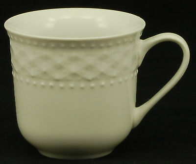 Gibson Royal Quilt White Blue Stamp Cup