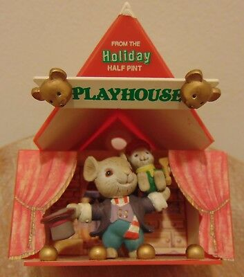 Enesco Christmas Ornament - Playhouse Mouse!!! Lights up!!!