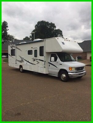 2003 Four Winds 31P Class C RV, 32-ft 1 Slide, 1 Awning, Sleeps 8, Tow Package