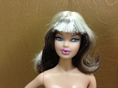 Barbie Collector Model Muse Hello Kitty Sanrio Doll Black Hair Streak Bang Asian