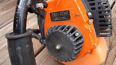 TANAKA TED-232 Two Cycle GAS DRILL
