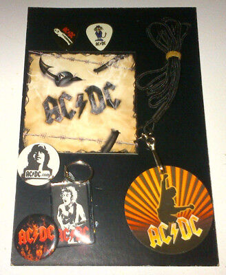 AC/DC:lot of 4 fan club packs(picks/pass/key chain/sticker/buttons) NEW