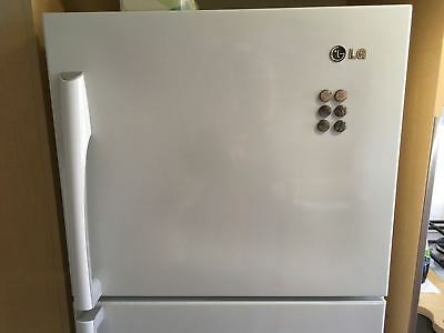 315L White top mount LG fridge