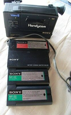 Sony Video 8 Handycam CCD-M8E vintage