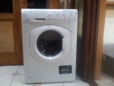 Hotpoint WDL 520  All-in-One - Washer/Dryer  - White