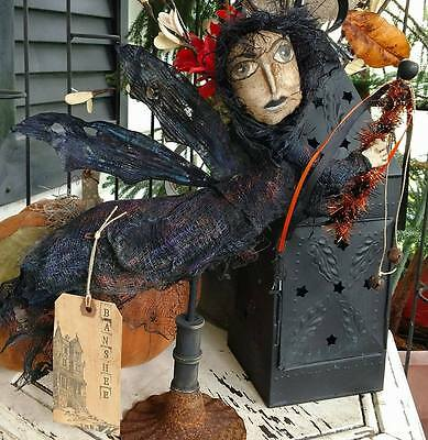 Banshee Self Standing Halloween Decoration Handmade Hand-Painted Shelf