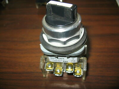 Allen Bradley 800T-N2KF4 4 Position Maintained Selector Switch