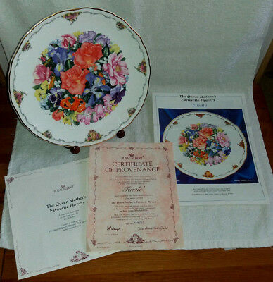 """The Queen Mothers favourite flowers Royal Albert Collector's plate """" Finale """""""
