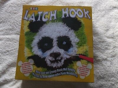 KSG Latch Hook Kit Panda B/N