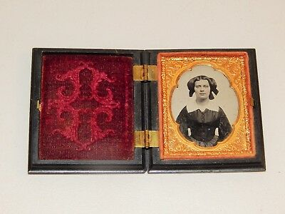 Fantastic Daguerreotype Of Young Woman, Plastic Case, Image Cut On Red Velvet