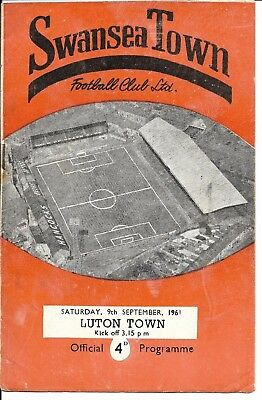 61/62 Swansea Town v Luton Town Division 2 9th Sept 1961