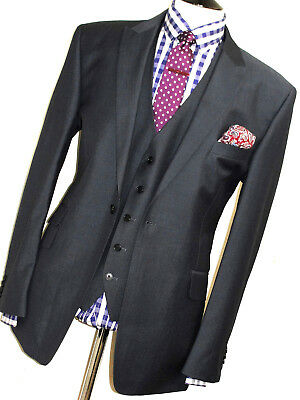 364e45e004f7 Mens Ted Baker Elevated Sharkskin Charcoal  Navy 3 Piece Suit 44R W38 X L32