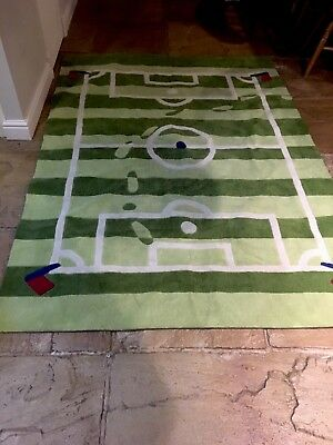 John Lewis  Large  Boys Girls  Football Bedroom Rug Exc Quality Beautiful