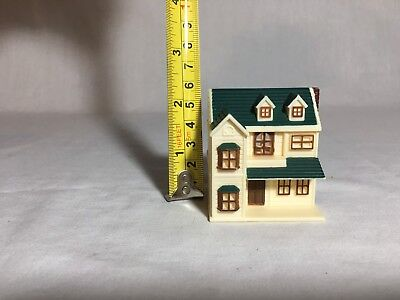Calico critters/sylvanian families Miniature Doll House
