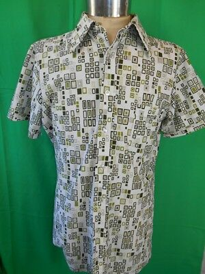 Vintage 1960s 70s Green White Patterned Excello Short Sleeve Polyester Shirt OS