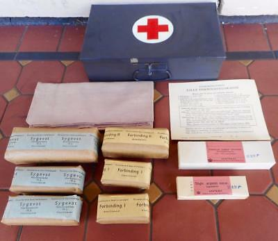 c.1956 Brand New Vintage Denmark First Aid Kit Dressing Sling Collection