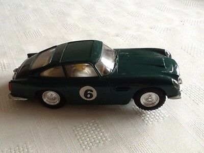 Vintage 1960'S Triand Scalextric Aston Martin Db4 Gt Mm/C 68
