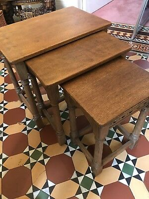 Good Quality Nest Of Oak Tables – Antique – Collect Wakefield Wf1