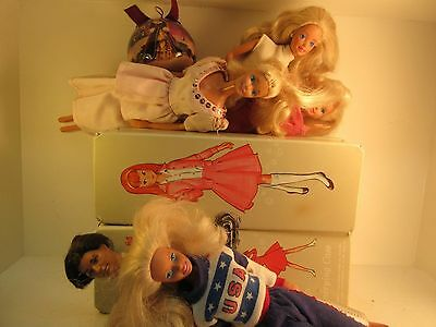 Large Lot of Vintage 1960s & 1970s Barbie Dolls and Skipper Doll Case
