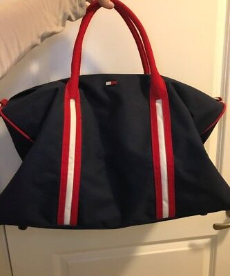 Tommy Hilfiger Nearly New Duffle Bag Luggage Travel Bag Navy Red Blue Large