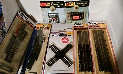 lot of 7 vintage HO gauge track pieces new in package