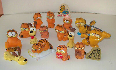 Vintage Lot of Garfield 'The Greatest Cat' 15 Figures, Odie, Pookie Bear