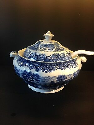 Large. Blue And White Covered Tureen With White Lade