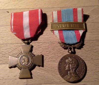 2 French medals , Algeria conflict , 1960's