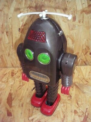 Amazingly Rare Tin Thunder Robot By Asakusa Toy  In Nearly Mint Condition Japan