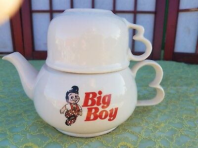 Rare vintage BIG BOY Teapot / Coffee Pot with Matching Cup Restaurant