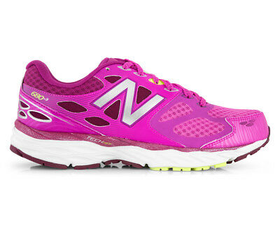New Balance Women's Wide Fit 680 v3 Shoe - Pink/Silver