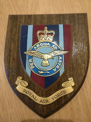 ROYAL AIR FORCE Shield Plaque Crest Badge RAF Used Good Condition
