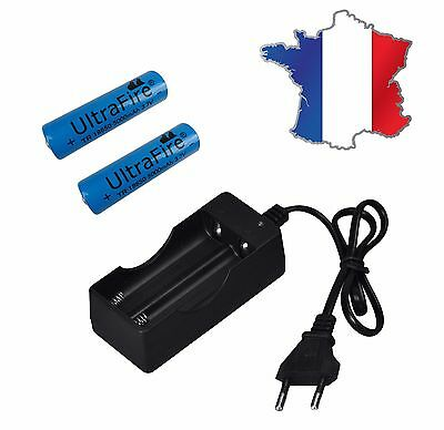 Chargeur double  + 2 PILES  RECHARGEABLE ULTRAFIRE BLEU 18650 3.7v 5000 mAH