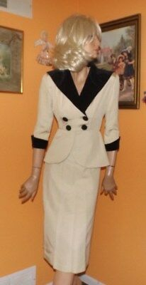 FABULOUS vintage 1940'S SEXY FITTED WINTER WHITE PEPLUM SUIT/BLK VELVET TRIM