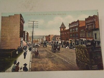 Looking North on Main Street from Third, Minot, N. D., Postcard