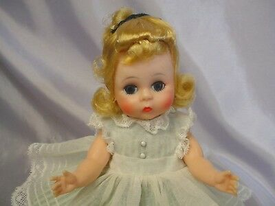 Madame Alexander-kins BKS Blonde Wendy Doll Tagged Outfit CUTIE
