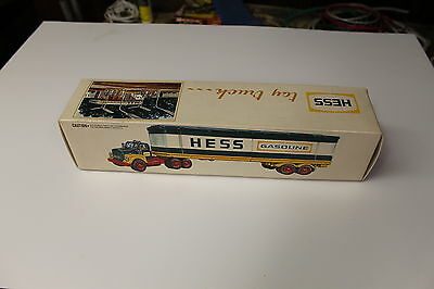 Near Mint 1975 Hess Barrel Truck Super Clean In Box Works Great See My Pictures