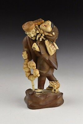 Japanese Meiji Period Carved Peddler