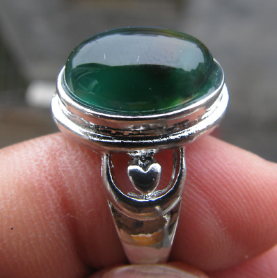 natural green agate thailand silver hand carved  ring sz8.25 classic ring.
