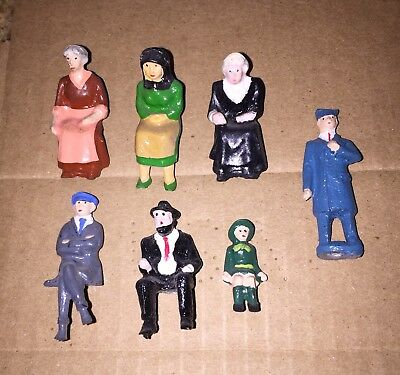 Pride Lines NOS Seated Passenger And Conductor Figures For Standard And O Gage.