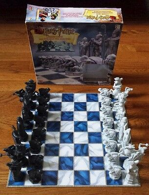 2002 Mattel Harry Potter Wizard Chess - USED, 100% COMPLETE (GAME, BOX, MANUAL)