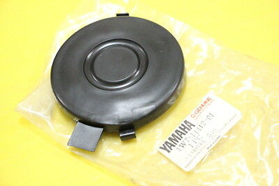 Genuine Yamaha Y80 Y80E Air cleaner case cap Nos. 1W7-14412-01