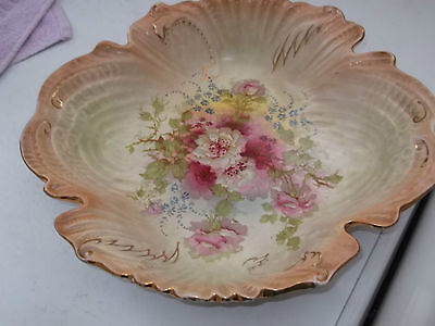 ?1880 - 1917  ?fieldings Shaped  Bowl With A Floral Pattern  Shell Effect