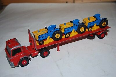 Matchbox Lesney SuperKings K 20 Tractor Transporter with 3 Tractors