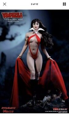 1:6 Phicen Vampirella Action Figure